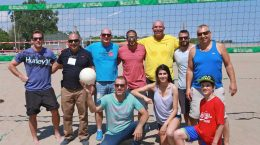 Disabled Veterans set up for volleyball during the 2016 Toronto Group Visit